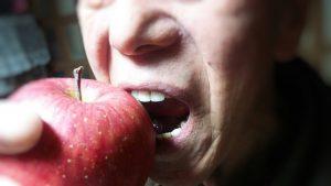りんごと田村さん_Fotor修正